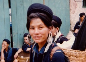 H'mong woman, central market, Sapa, 1995