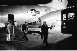 Wounded servicemen arriving from Vietnam at Andrews Air Force Base,1968. Photo: National Archives.